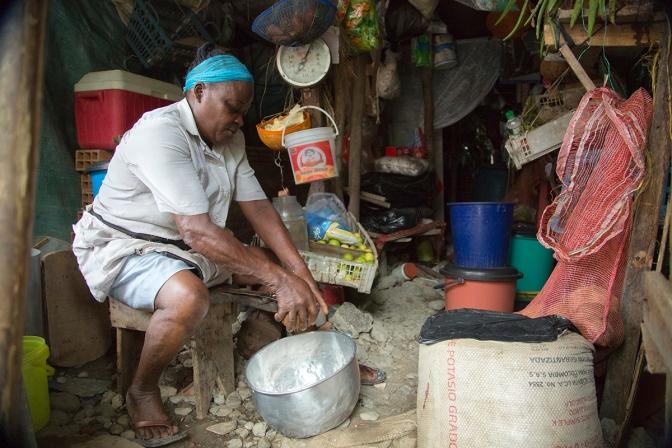 The women of Puente Nayero